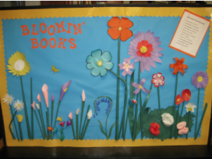 Artistic Bloomin' Books quilt with flowers