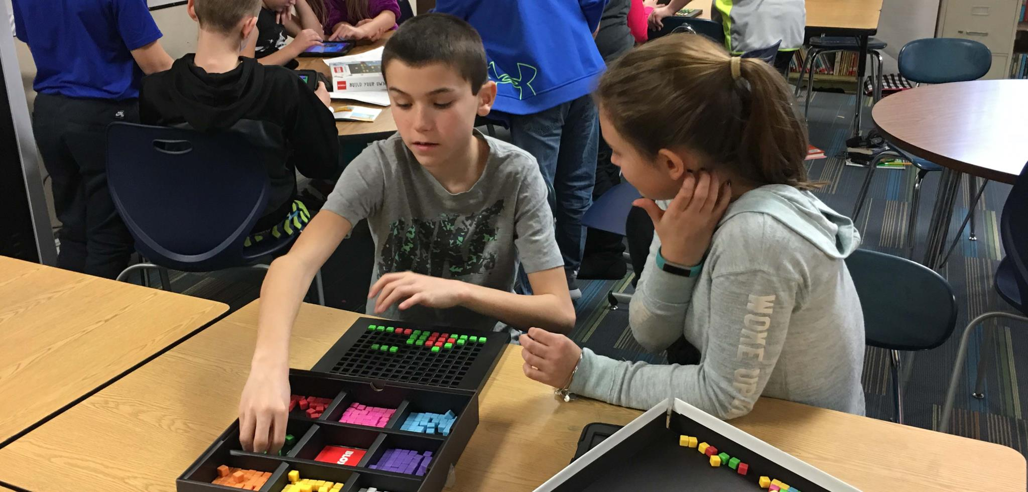 students working with bloxels